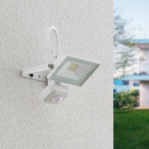Lindby Aine LED-udendørsspot hvidt 13,5 cm, sensor