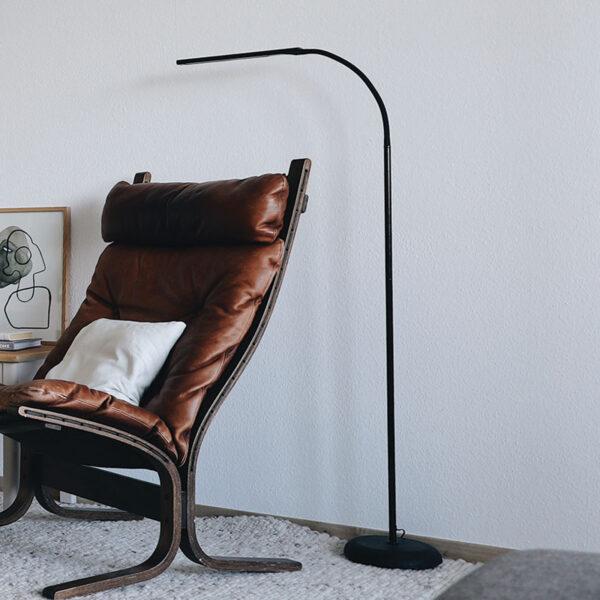 MAULpirro LED-gulvlampe dæmpbar, sort